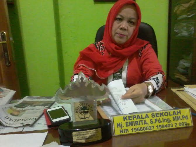Nasib Terkatung-Katung, Sejumlah Guru SMKN 9 Bandar Lampung Minta Kejelasan