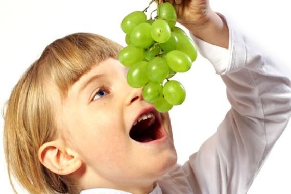 Pola Makan Buah Ternyata Bisa Mempengaruhi Berat Tubuh