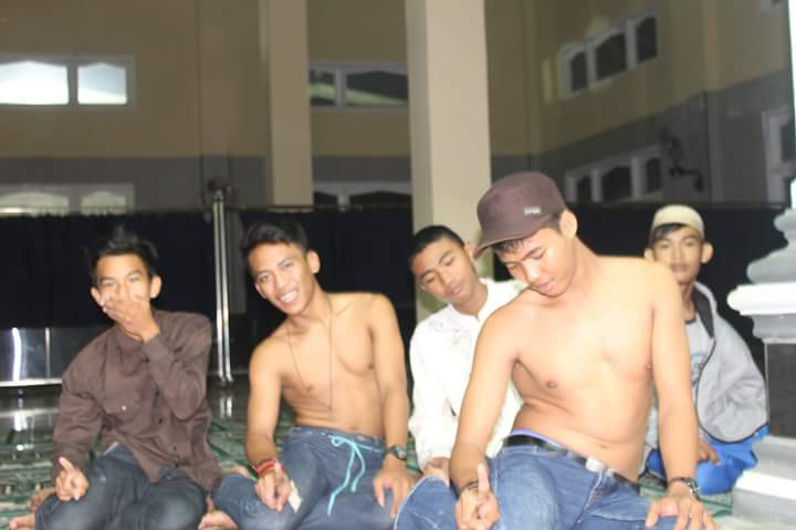 MUI Lampung Sayangkan Ulah Lima Remaja Kota Gajah Foto Salat Telanjang