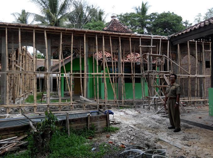 Musala SMPN 1 Bumi Agung yang sedang dalam proses pembangunan | Suparman/jejamo.com