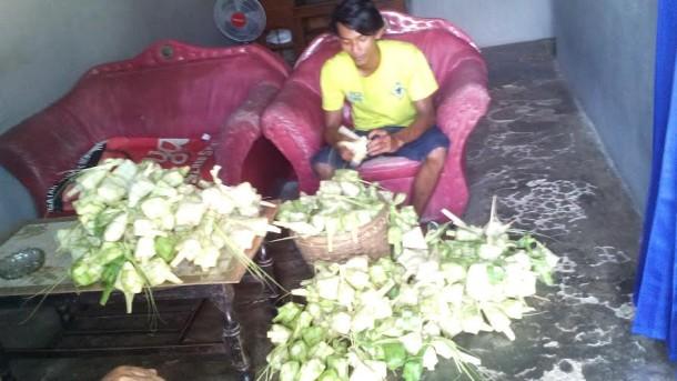 Penjual Kue di Pasar Pagi Kotabumi Sepi Pembeli Sedangkan di Pasar Bukit Kemuning Omset Naik 50 Persen