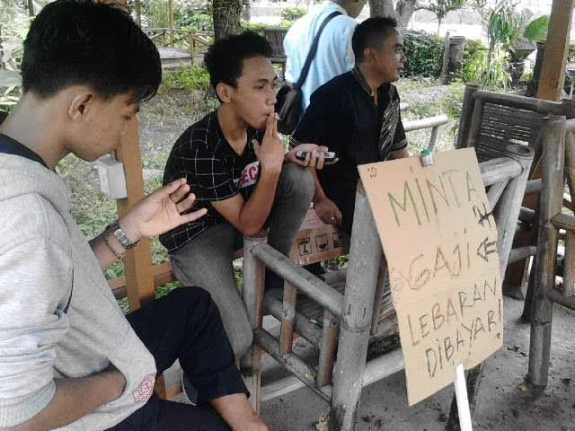 Belasan Pegawai Hotel Sahid Bandar Lampung Demo Minta Pembayaran Gaji dan Bonus