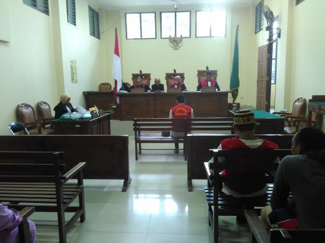 Suasana sidang di Pengadilan Negeri (PN) Tanjungkarang, Selasa, 19/7/2016 | Andi/jejamo.com