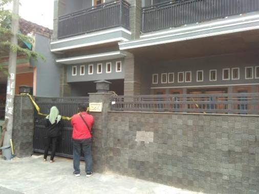 Rumah Brigadir Medi Andika di Sukarame Dipasang Garis Polisi