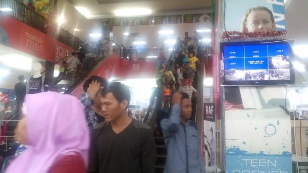 Pedagang Buah di Kotabumi Lampung Utara Mengeluh Penjualan Sepi