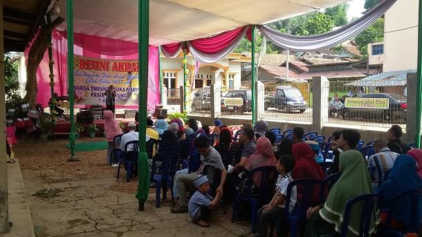 Reuni akbar dan halalbihalal warga Kampung Empang-Sukamampir II Kelurahan Pasirgintung, Bandar Lampung, Kamis, 7/7/2016. | Arif Wiryatama/Jejamo.com