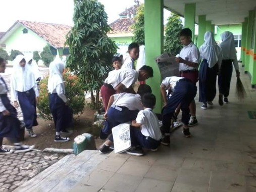 Genjot Minat Baca, SMPN 1 Sekampung Lampung Timur Luncurkan Gerakan Literasi