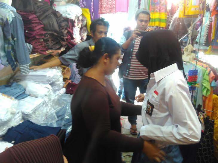 Camat Way Bungur Lampung Timur Jemput Bola Perekaman e-KTP ke Pelosok Desa
