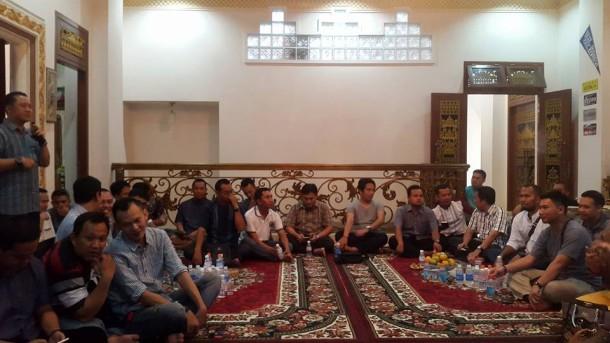 Alumni SMAN 2 Bandar Lampung Angkatan 1999 Halalbihalal di Rumah Mahathir Muhammad