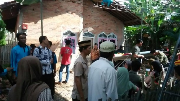 Suasana TKP di Lingkungan 6, Kelurahan Yukum Jaya, Kecamatan Terbanggibesar | Raeza/jejamo.com