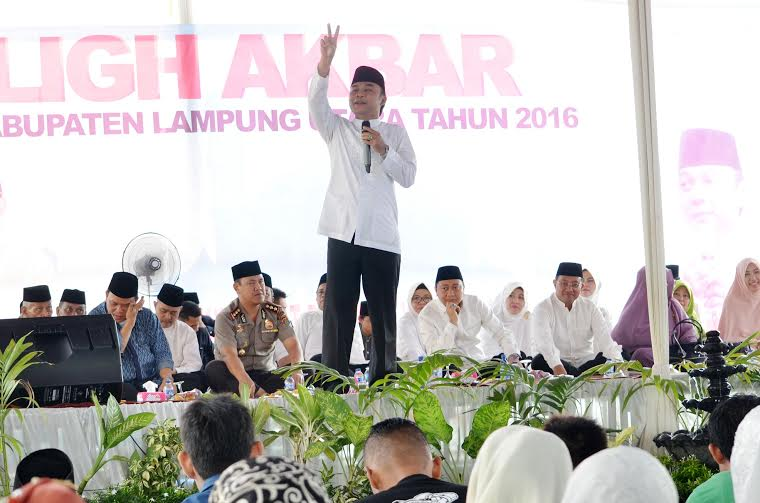 Pemkab Lampung Utara Gelar Tabligh Akbar Sambut HUT ke-70