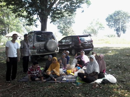 Bendungan Way Rarem di Lampung Utara Dipenuhi Sampah dan Rumput Tak Terawat