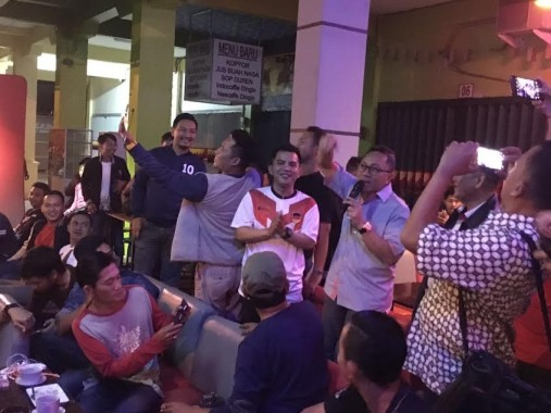 Ikutan Nobar dan Jagoannya Kalah, Ketua Umum DPP PAN Zulkifli Hasan: Belum Rezeki Jerman