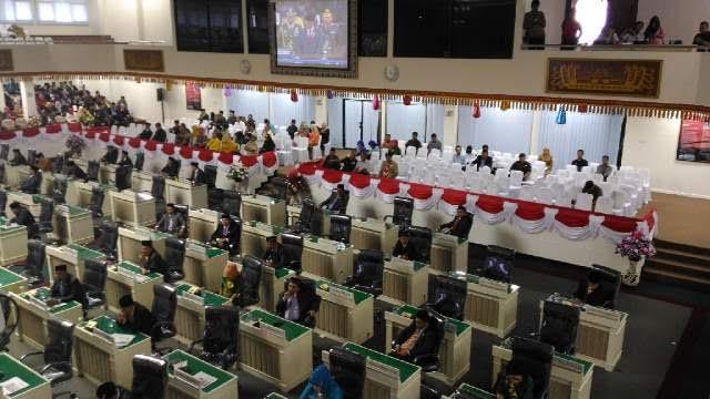 Suasana Anggota DPRD secara khidmat mendengar Pidato Kenegaraan Presiden Joko Widodo | Sugiono/jejamo.com