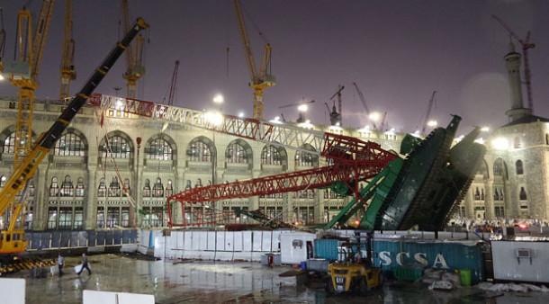 Arab Saudi Adili Belasan Orang Terkait Jatuhnya Crane di Masjidil Haram