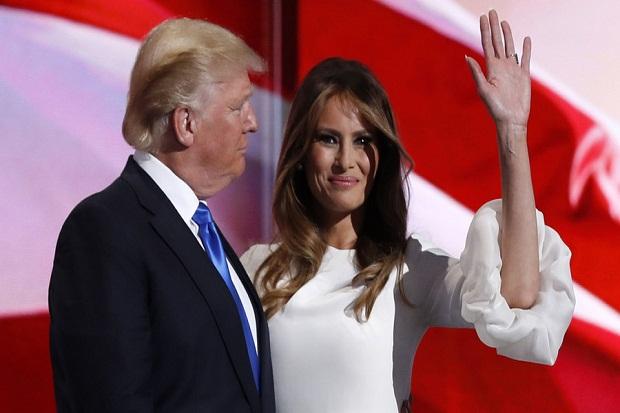 Jelang Pilpres, Media AS Bikin Heboh Pajang Foto Telanjang Istri Donald Trump