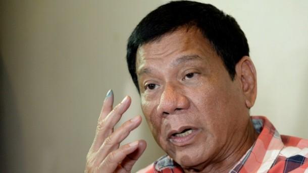 Diancam Tembak Mati Oleh Presiden Duterte, Wali Kota Filipina Ini Menyerahkan Diri