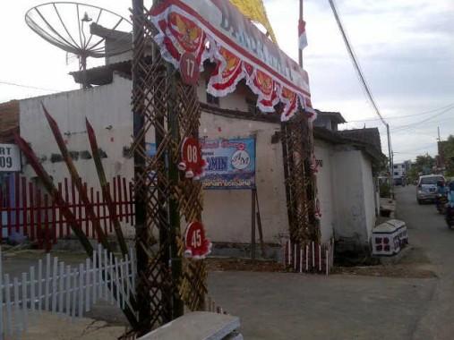 Warga Kebonjeruk Bandar Lampung Juga Bikin Gapura Keren Sambut HUT Ke-71 RI