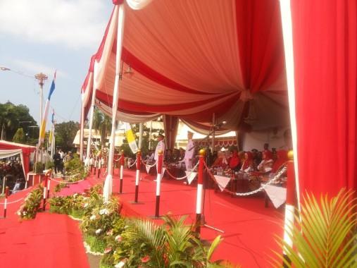 Gubernur Lampung Ridho Ficardo menjadi inspektur upacara HUT ke-71 RI di Lapangan Korpri, Rabu, 17/8/2016. | Sugiono/Jejamo.com