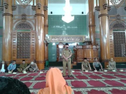 Herman HN Lepas 1.307 Jemaah Haji Kota Bandar Lampung di Masjid Al-Furqon