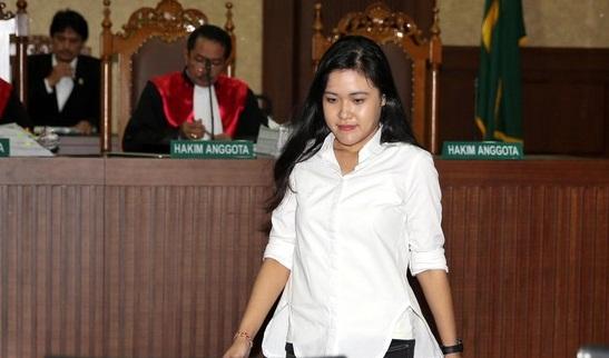 Hakim Binsar Heran dengan Pembawaan Jessica Tenang Selama Sidang