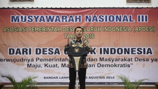 Gubernur Lampung Saat memberikan sambutan dalam Musyawarah Nasional (Munas) Asosiasi Perangkat Desa Seluruh Indonesia (APDESI) | ist