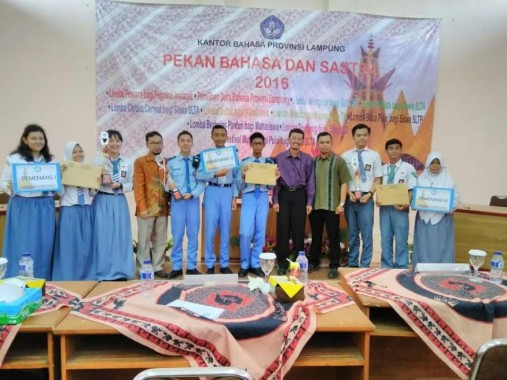 Juara Pidato Tingkat Provinsi, Siswa SMAN 2 Bandar Lampung Muhammad Auzan Maju ke Regional