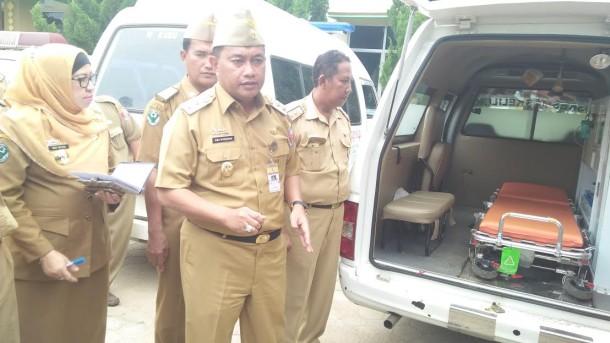 Wakil Bupati Lampung Utara Cek Ambulans Tak Layak Pakai