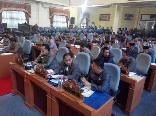 Suasana Rapat Paripurna DPRD Lampung Timur