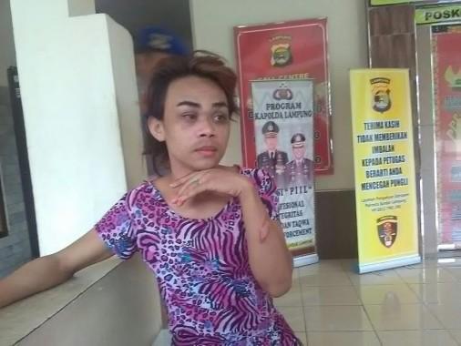 Samin Alias Iis Mengaku Diculik dan Dianiaya Karena Hutang Rp 100 Ribu