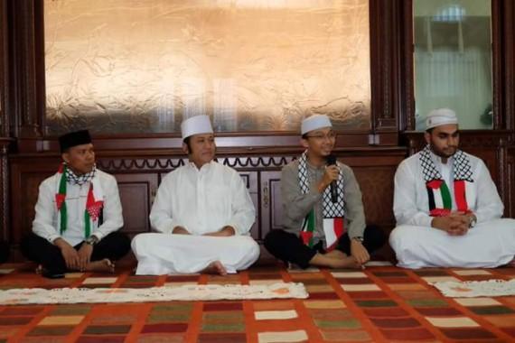 PKPU Lampung Galang Donasi untuk Palestina Senilai Rp200 Ribu, Cenderamatanya Syal