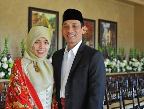 Menteri ESDM Arcandra Tahar bersama istri. | arcandratahar.com