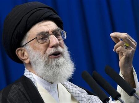 Para Jamaah Haji Iran Kecam Hasutan dan Dusta Ali Khamanei tentang Arab Saudi