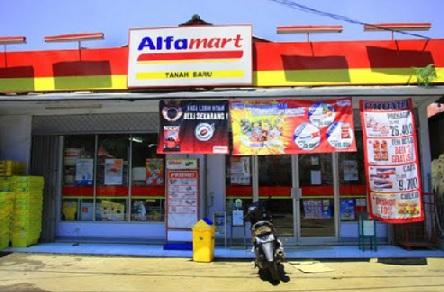 Pedagang Tradisional Lamtim Mengeluhkan Banyaknya Minimarket yang Beroperasi