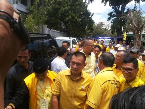 elaksana Tugas Ketua DPD I Partai Golkar Lampung Lodewijk  Freidrick Paulus, tiba di Lampung untuk melakukan konsolidasi dengan pengurus dan kader partai berlambang beringin, Jumat, 16/9/2016 | Sugiono/jejamo.com