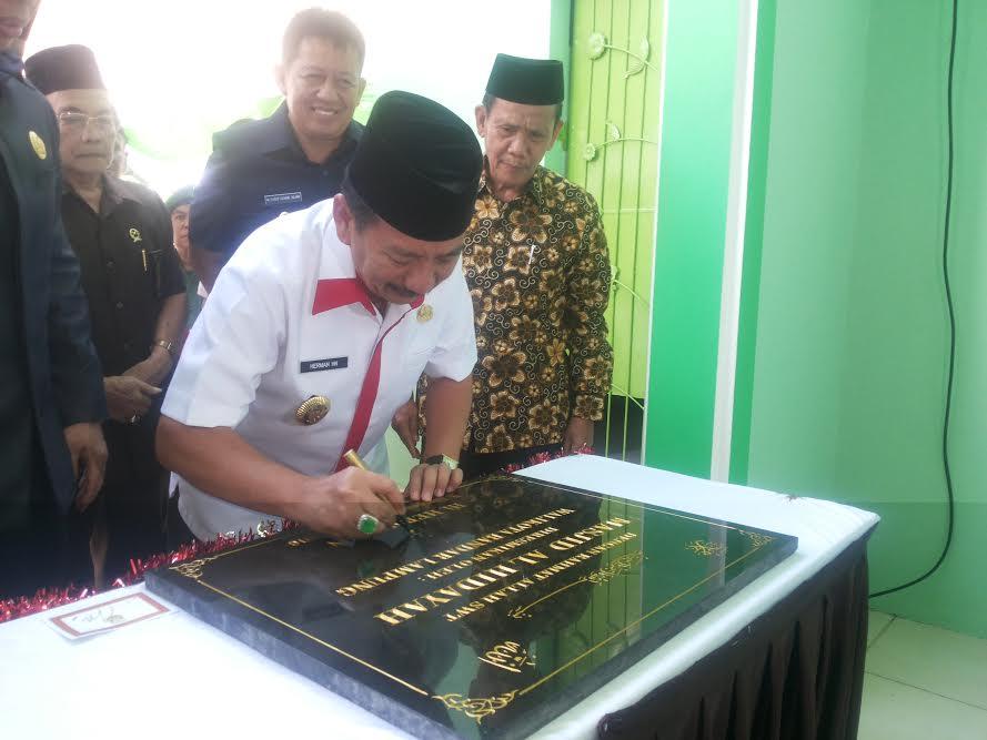 Wali Kota Bandar Lampung Resmikan Masjid Al-Hidayah di Tanjung Karang Barat