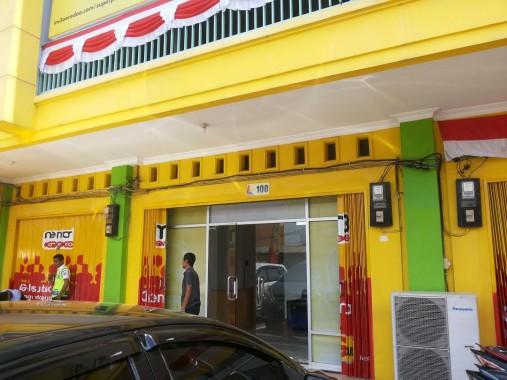 Kantor Indosat di Jalan Robert Wolter Monginsidi Bandar Lampung. | Sugiono/Jejamo.com