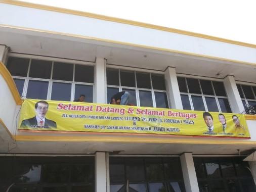 Breaking News: Aksi Saling Pukul Terjadi di Kantor DPD Partai Golkar Lampung