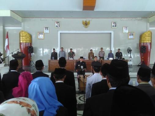 Bupati Lampung Tengah, Mustafa saat melantik 200 Pejabat eselon III dan IV Pemkab Lampung Tengah, di sesat Agung Nuwo Balak | Raeza/jejamo.com
