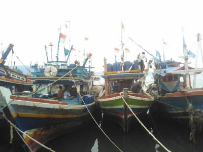 Kapal nelayan di Tempat Pelelangan Ikan (TPI) Gudang Lelang, Telukbetung Selatan, Bandar Lampung, 29/9/2016 | Andi/jejamo.com