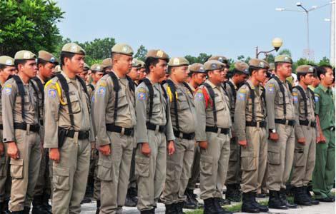 Terancam Diputus Kontrak, Belasan Pol PP Mengadu ke DPRD Lampung Tengah