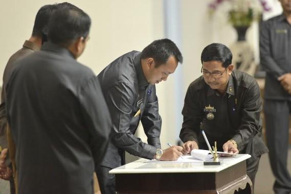 Alzier Dukung Langkah Sjachroedin yang Minta Fraksi PDIP di DPRD Lampung Lebih Kritis