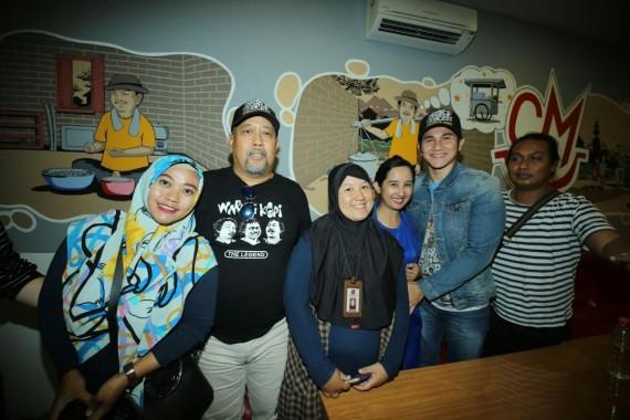 Ibu Muda Cantik di Bandar Lampung Ini Minta Vino Bastian Elus Perutnya, Hmm...