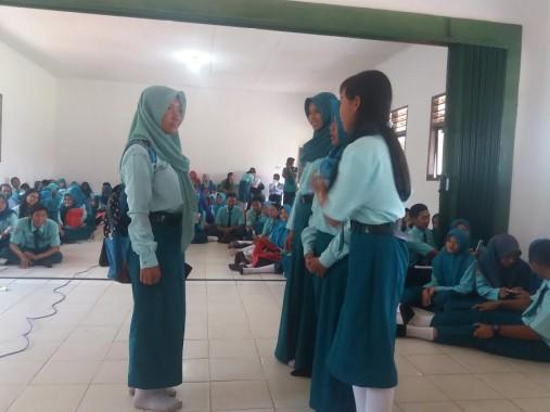 SMAN 2 Tumijajar, Kabupaten Tulang Bawang Barat, mengadakan kegiatan workshop film | Suhairi/jejamo.com