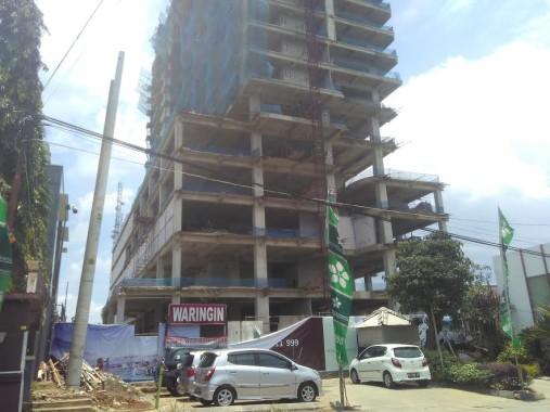 Pekerja Bangunan Terjatuh dari Lantai 3 Apartemen Springhill Teluk Betung