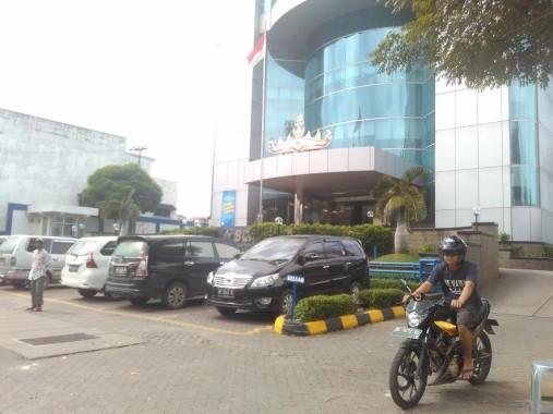 Breaking News: Polisi Tangkap Pelaku Perampokan Nasabah Bank Modus Pecah Kaca di BCA Bumi Waras Telukbetung