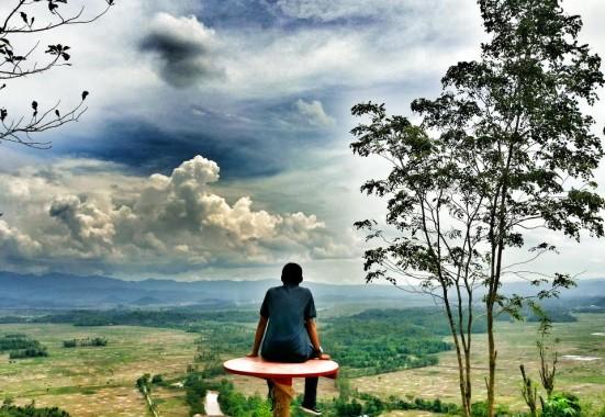 Pesona Bukit BLT Pringsewu, Wisata Murah Bagi Anda Penggemar Selfie