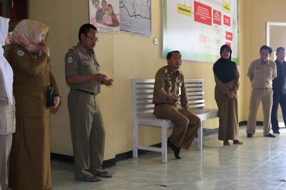 Bupati Lampung utara tinjau sejumlah tempat pelayanan publik | Lia/jejamo.com