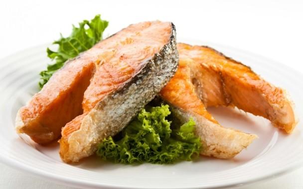 Tips Mudah Menghilangkan Duri Ikan yang Akan Dikonsumsi