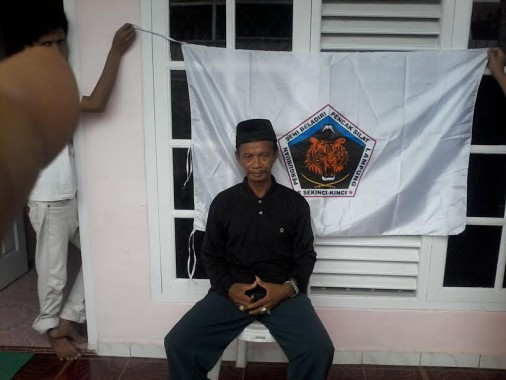 Hasbulah Guru Besar Silat Sekinci - Kinci | Buhairi/jejamo.com
